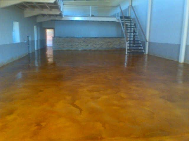 concrete-acid-stain-storeroom