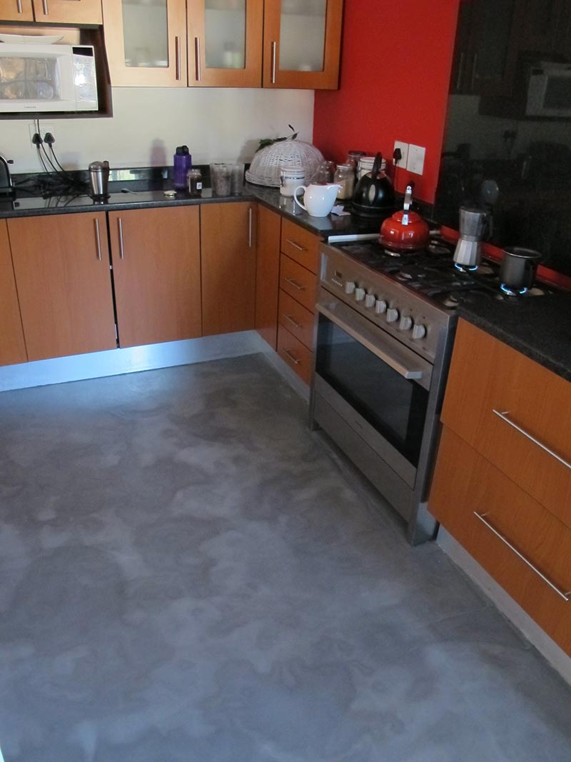 grey-mottled-decorative-concrete-overlay