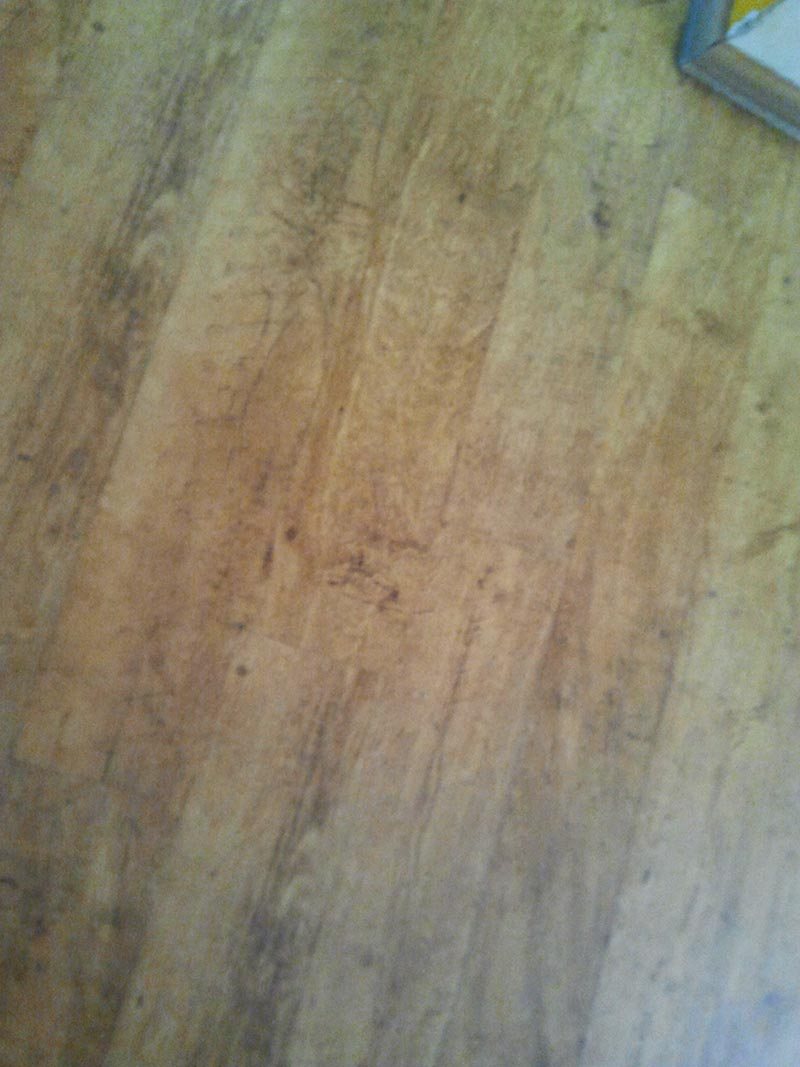 dark-wood-laminate-floor