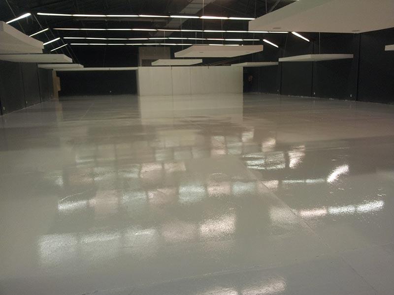 white-epoxy-showroom